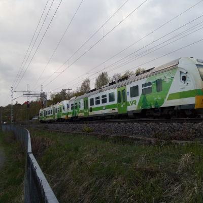 Dm12 -kiskobussi tulossa Tampereelle.