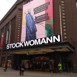 Stockmann döpte om sig till Stockwoman under kvinnodagen