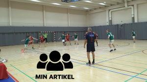 EIF B-pojkar möter Cocks i en handbollsmatch
