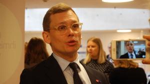 Antton Rönnholm, socialdemokraternas partisekreterare