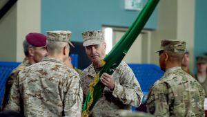 Marinkårsgeneral Jospeh Dunford tog över som Isaf-kommendör