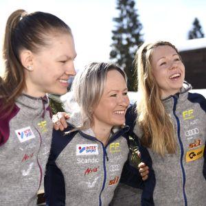 Finlands kvartett i stafetten: Eveliina Piippo, Riitta-Liisa Roponen, Laura Mononen, Krista Pärmäkoski.