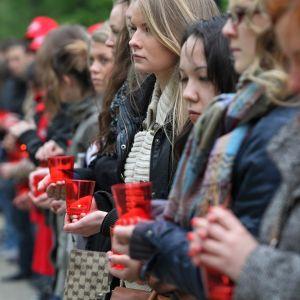 En rysk minnesstund för aidsoffer.