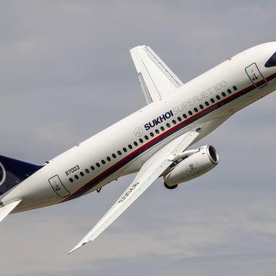 Ett ryskt Sukhoi-passagerarplan