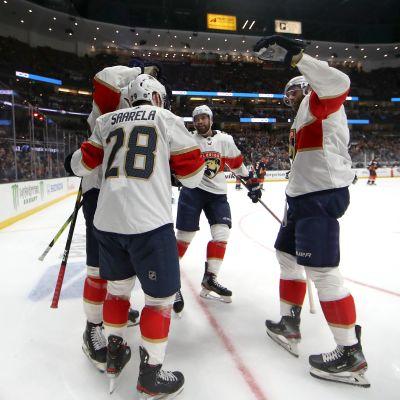 Donskoi ja Barkov maalasivat, Saarelalle uran ensimmäinen NHL-maali