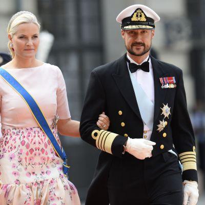 Kronprinsessan Mette-Marit och kronprins Haakon av Norge