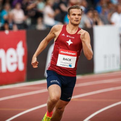 Erik Back löper