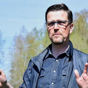 Klaus Härö på inspelningsplats