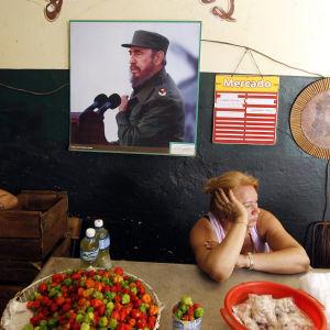 Bild av Fidel Castro på en vägg