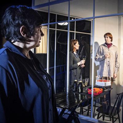 Foto från Allt som sägs på Teater Viirus.