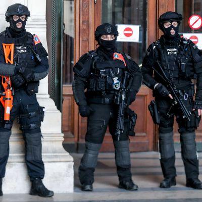 Domen förkunnades under ett strängt säkerhetspådrag i Bryssel