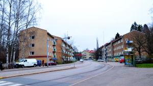 Månsas Hauptstraße.