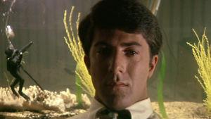 Dustin Hoffman elokuvassa Miehuuskoe (The Graduate, 1967).
