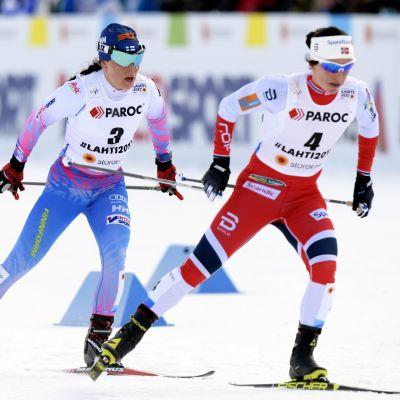 Krista Pärmäkoski gav Marit Björgen en ordentlig match i skitahlontävlingen.
