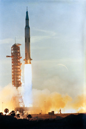 Apollo 8  avfyras från Kennedy Space Center 21.12.1968