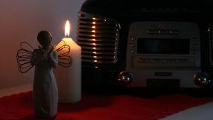 Radio med ljus och ängel