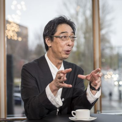 Masaaki Kanai , muji pääjohtaja  lasipalatsissa