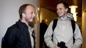 Gottfrid Svartholm Warg (till vänster) och Peter Sunde i Sverige 2009