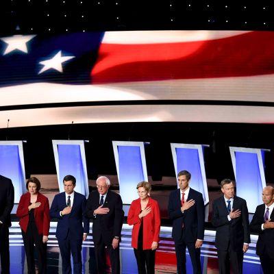10 av det Demokratiska partiet i USA:s 20 uppställda i presidentvalet inför den andra omgången debatter den 30.7.2019.
