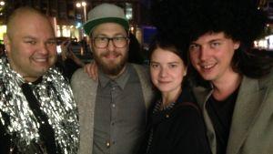 Henrik Nyman, Pelle Lannefors, Jonna Gleisner och Viktor Erlandson var glada över Sveriges seger i Eurovisionen 2015.