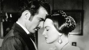 Montgomery Clift ja Olivia de Havilland elokuvassa Perijätär
