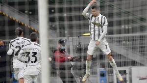 Ronaldo gör mål – igen.