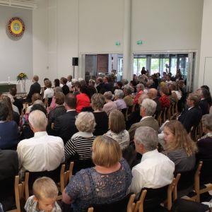 GloriaDei-mässa i Evangeliska Centret i Vasa med Ingvar Dahlbacka som liturg.