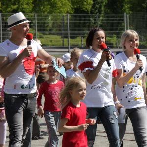 Ville, Hanna ja Niisku Galaxin kesäkiertueella 2010 Kuopiossa.