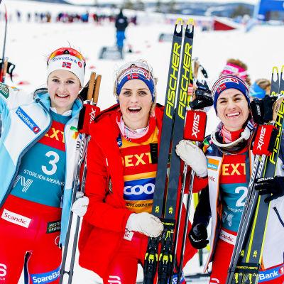 Ingvild Flugstad Østberg, Therese Johaug och Heidi Weng.