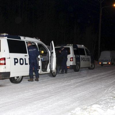 Drama vid MC-klubb i Jyväskylä den 31 december 2014. Polisen grep en man och fallet utreds som mordförsök.