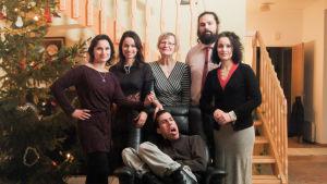 Perhepotretti dokumenttielokuvan henkilöistä