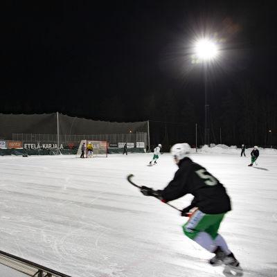 Lappeenrannan Veiterän pelaajia harjoituksissa.