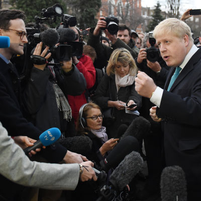 Borgmästaren i London Boris Johnson tillkännager att han stöder Brexit