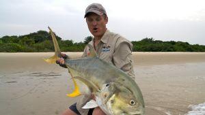 Jani Himanko kalastusmatkalla Guinea-Bissaussa