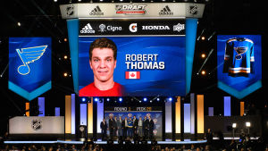 Robert Thomas draftades 2017.