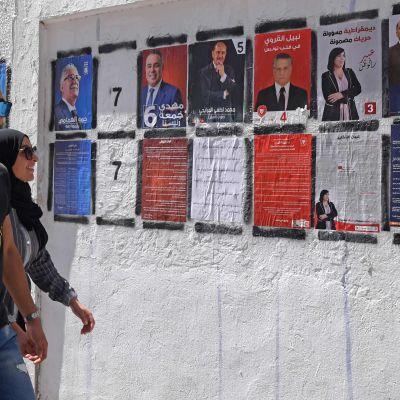 Kandidatplakat inför presidentvalet i Tunisien 2019.