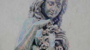 En flicka med en rosenkrans