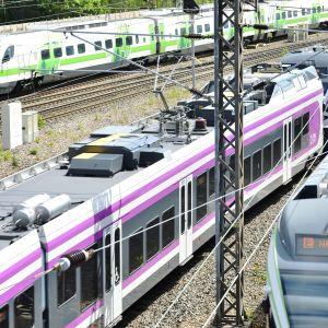 Fjärr- och lokaltåg