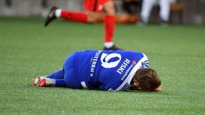 Riku Riski skadades i säsongens öppningsmatch
