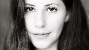 Porträtt på Pauline Neuding.