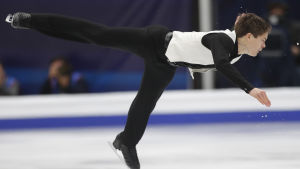 Valtter Virtanen på isen