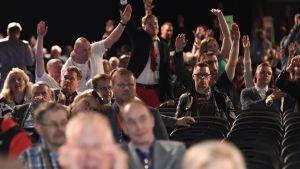 Sannfinländare på partikongress i Jyväskylä 11.6.2017.
