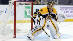 Tuukka Rask är målvakt i Boston Bruins.