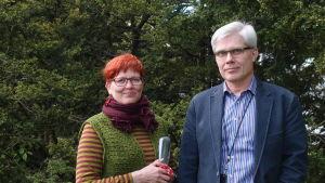 Pirkko Rinne-Tamminen och Lassi Liippo vid NTM-centralen i Egentliga Finland
