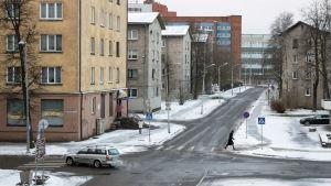 Narva. Korsningen av Igor Grafovi- och Aleksander Puškin-gatorna.