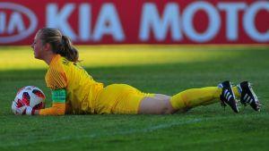 Emma Immonen stod i mål vid U17 VM när Finland mötte Uruguay.