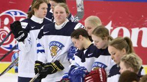 Finlands spelare efter förlust mot Kanada, VM 2015.