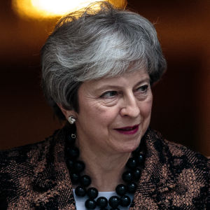 En halvnära bild av Theresa May.