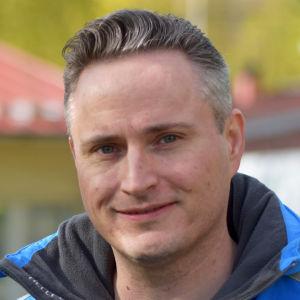 Porträttbild av Markus Sippo.