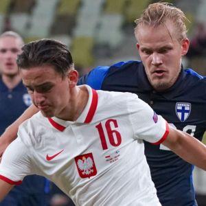 Finland mot Polen.